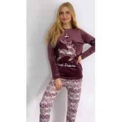 Pyjama en velours brodé